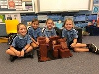 students made Stonehenge
